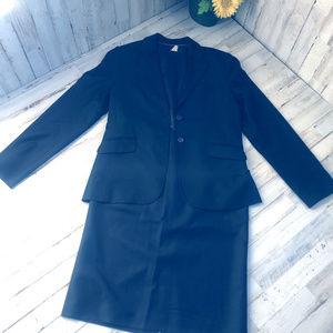 J. Crew Blazer Skirt set sz.6 Black Suit 100% wool